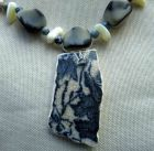 Detail-Blue Floral Pattern Broken Pot Piece Necklace.